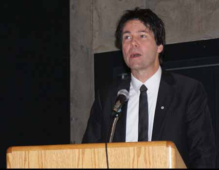Photo: Honourable Eric Hoskins, Ontario Minister of Citizenship and Immigration, delivers keynote address at Toronto conference on immigrant integration and Canadian federalism