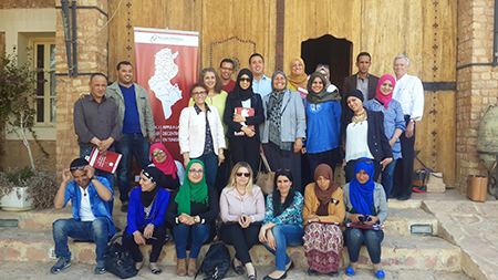 Members of the training workshop held in Tataouine, Tunisian