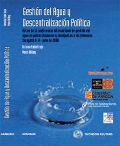 Gestión del Agua y Descentralización Política Cover