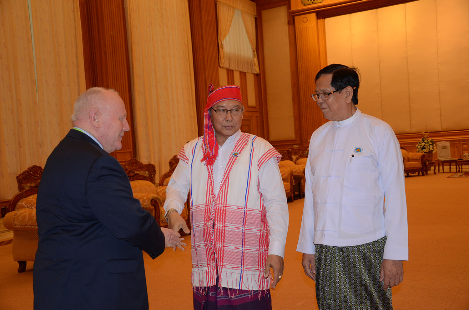 (L-R)Georg Milbradt, Chairman of Board, and Mahn Win Khaing Than, the Speaker of the House of Nationalities, to discuss Federalism